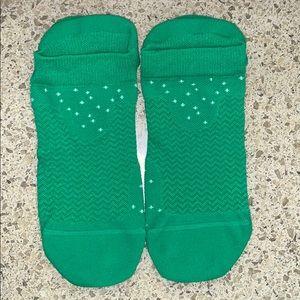 Lululemon Kelly Green Speed Socks M/L